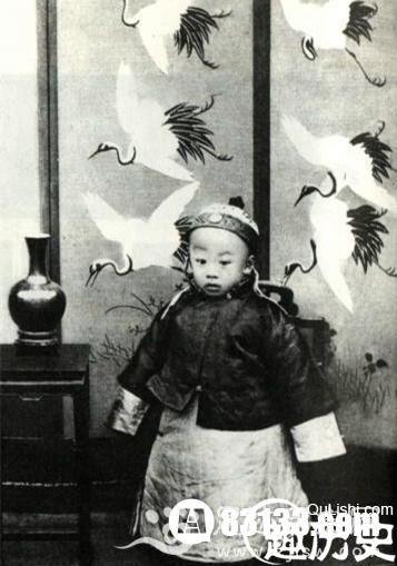 皇帝的童年